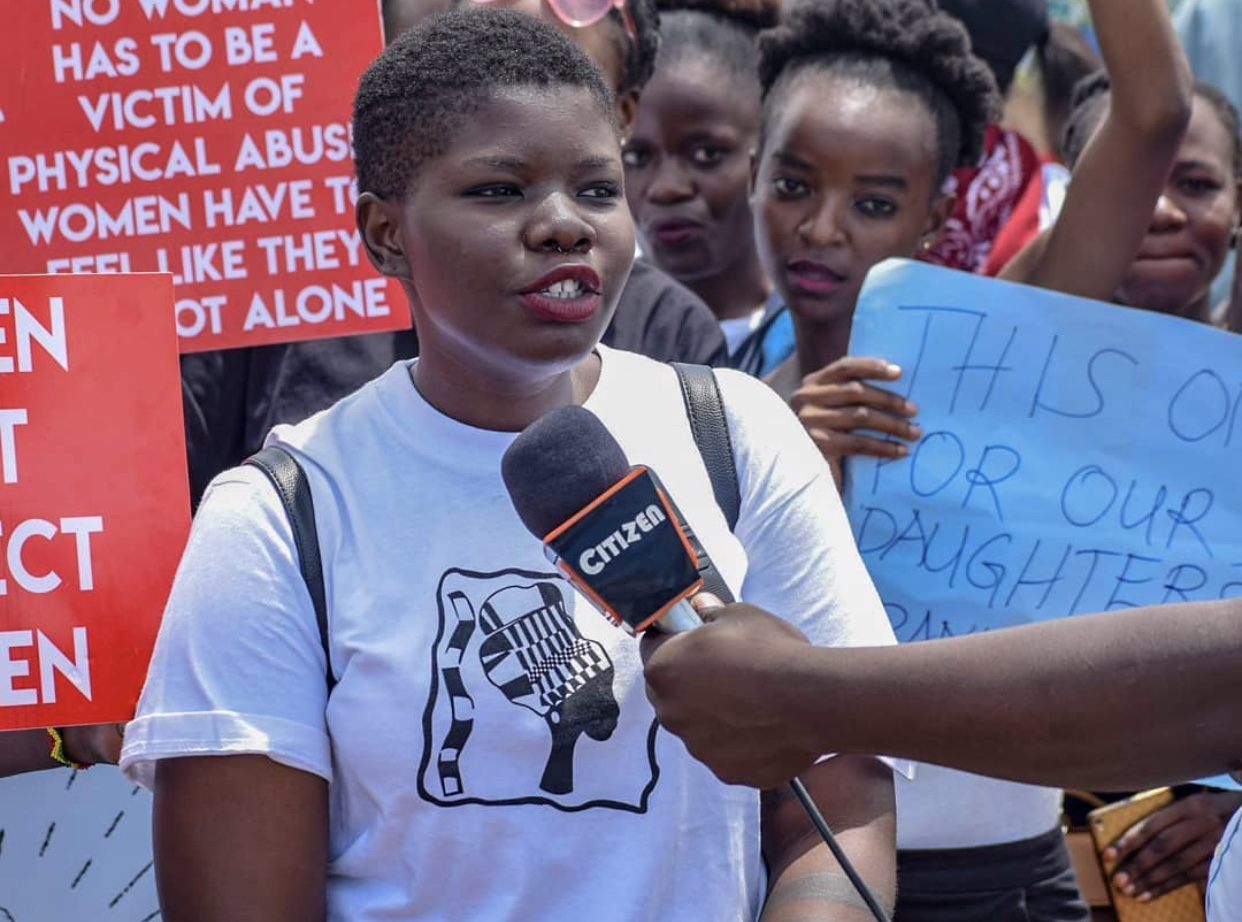African woman being interview by Citizen media.